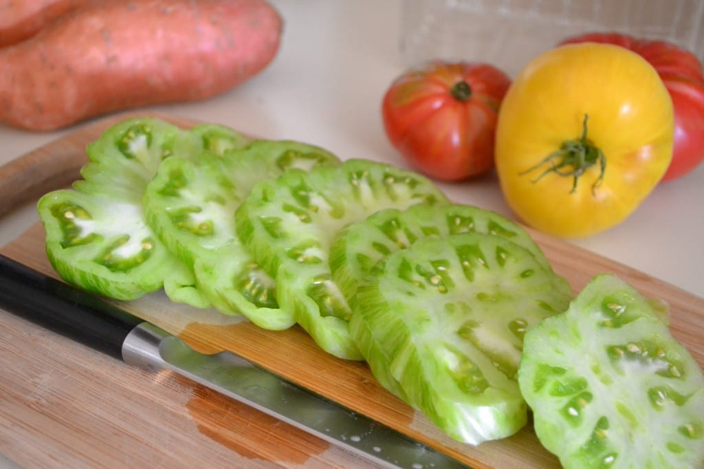Heirloom Tomatoes - Green Tomato Sliced