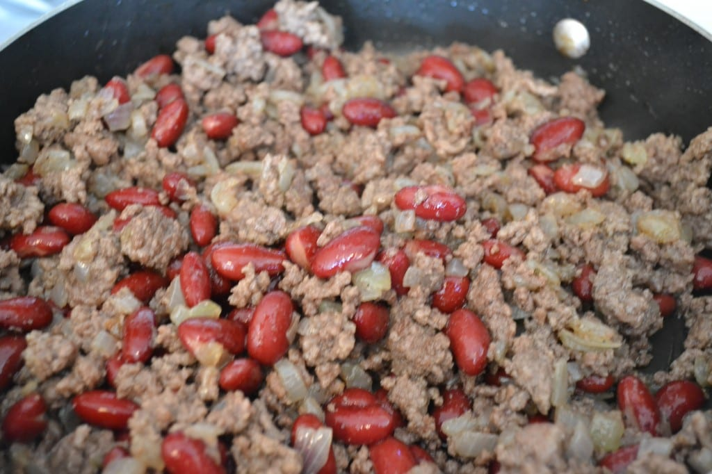 Ground Beef, Onions, and Kidney Beans