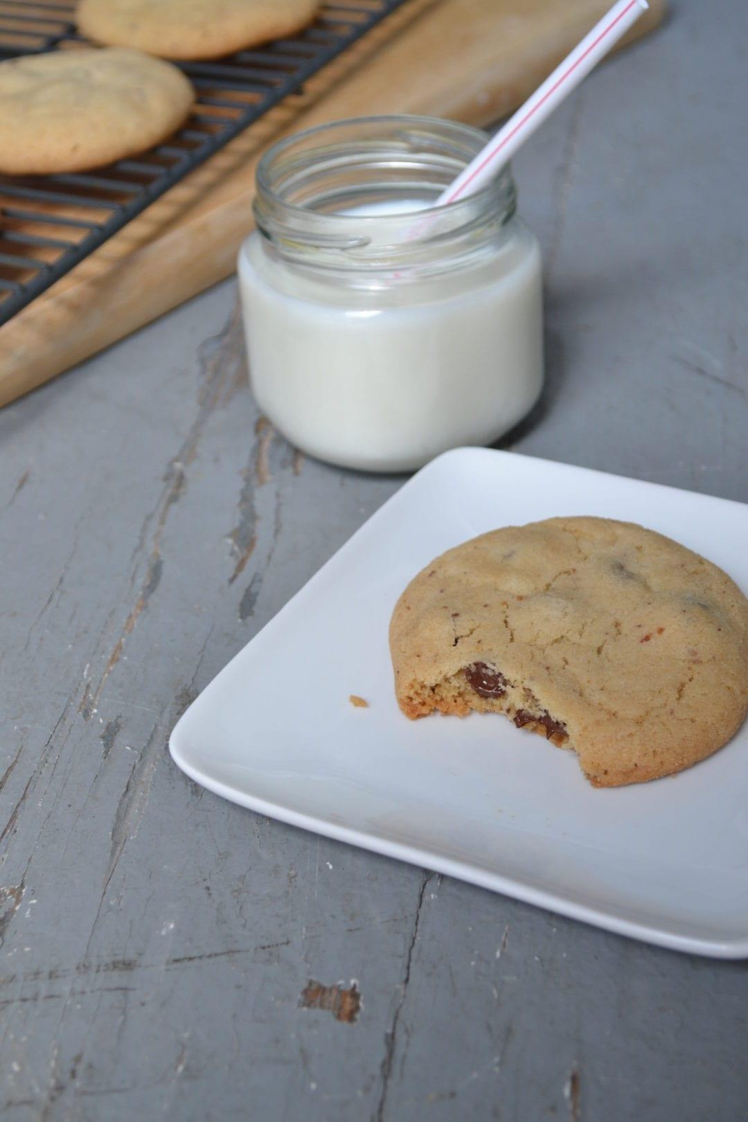 Ingredients (Makes 2 ½ Dozen Cookies)