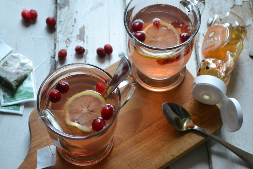 Cranberry Green Tea Hot Toddy - Sarcastic Cooking