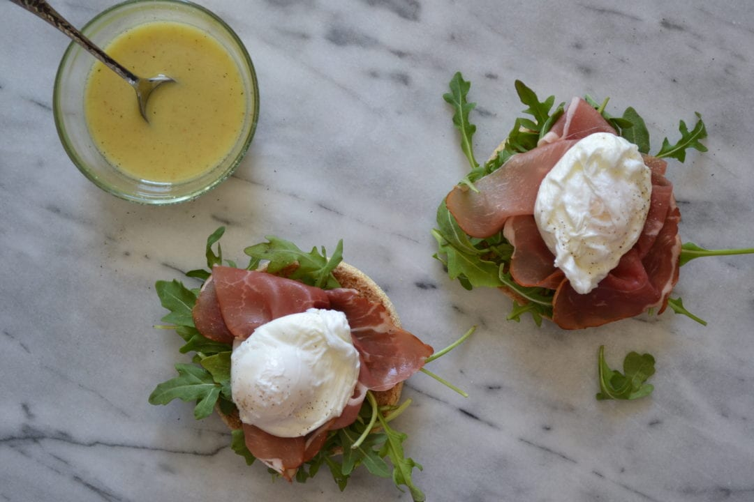 Open-Faced Poached Egg, Arugula, and Prosciutto Sandwich ...