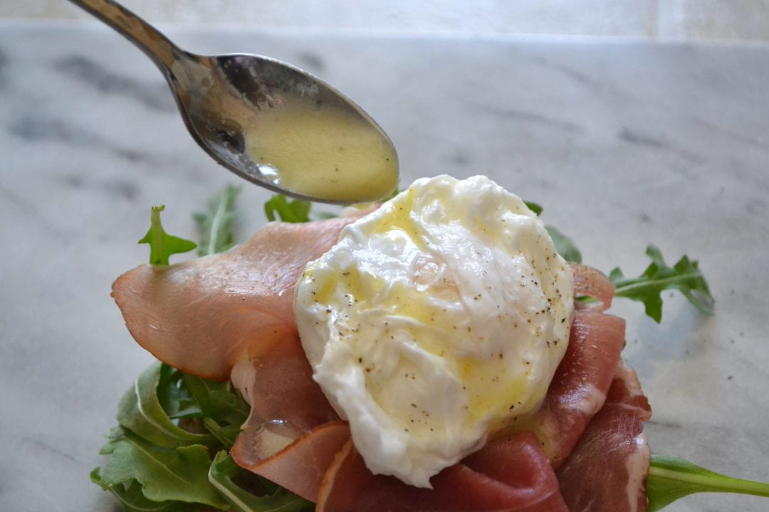 Open-Faced Poached Egg, Arugula, and Prosciutto Sandwich with Creamy ...