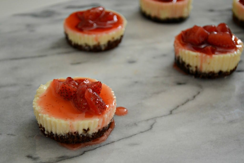 Mini Strawberry Cheesecakes | Sarcastic Cooking