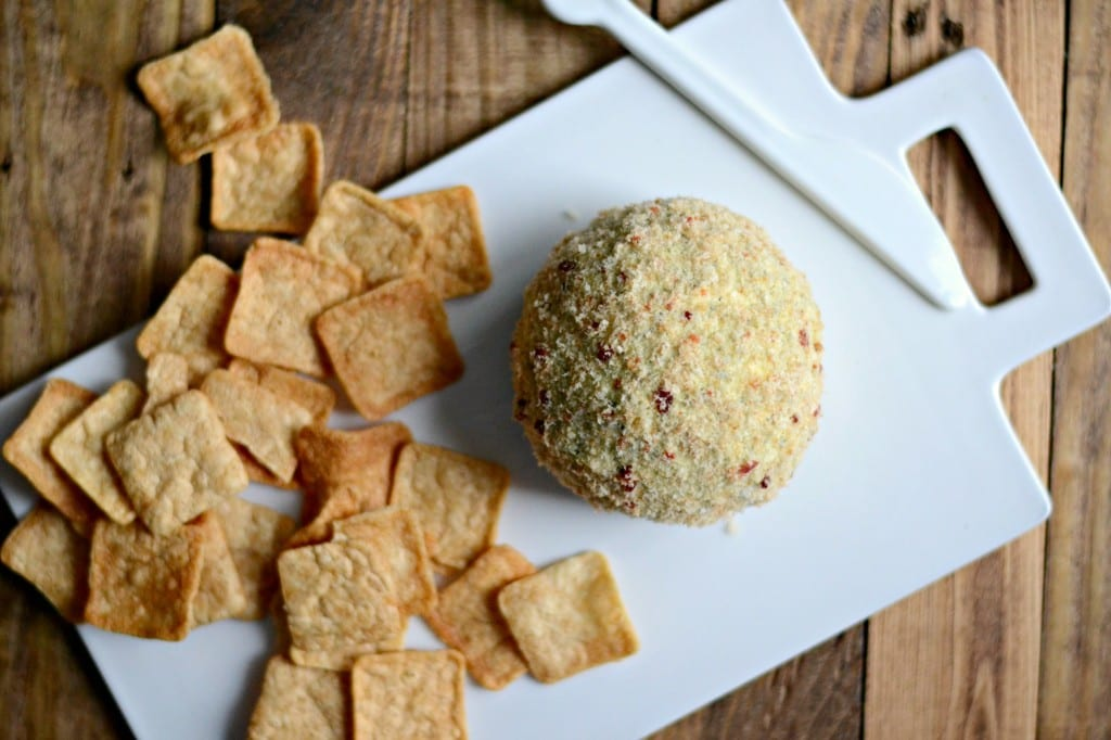 Spinach and Artichoke Cheese Ball Covered in Bacon Breadcrumbs | Sarcastic Cooking