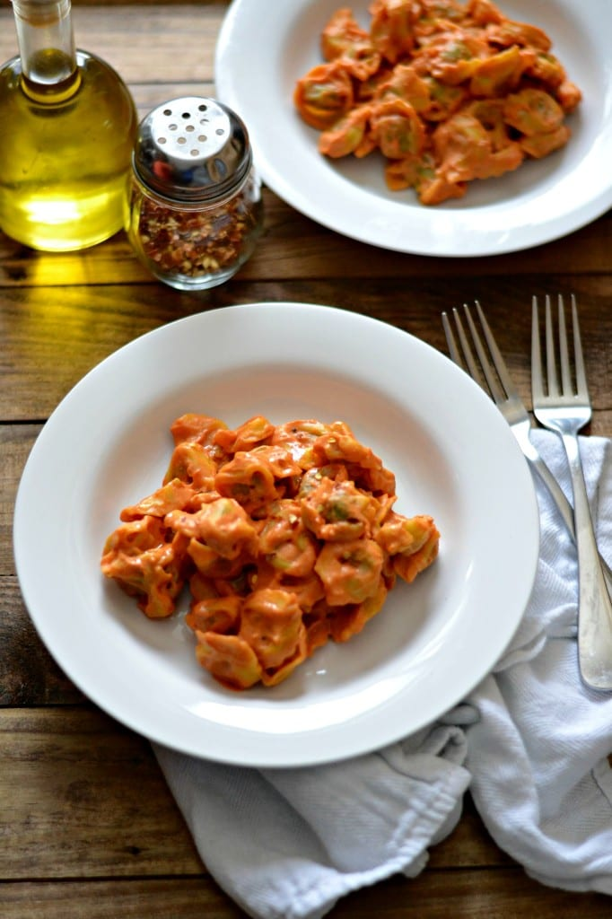 Creamy Vegan Roasted Tomato Sauce (serve with whatever pasta you want!)  Sarcastic Cooking