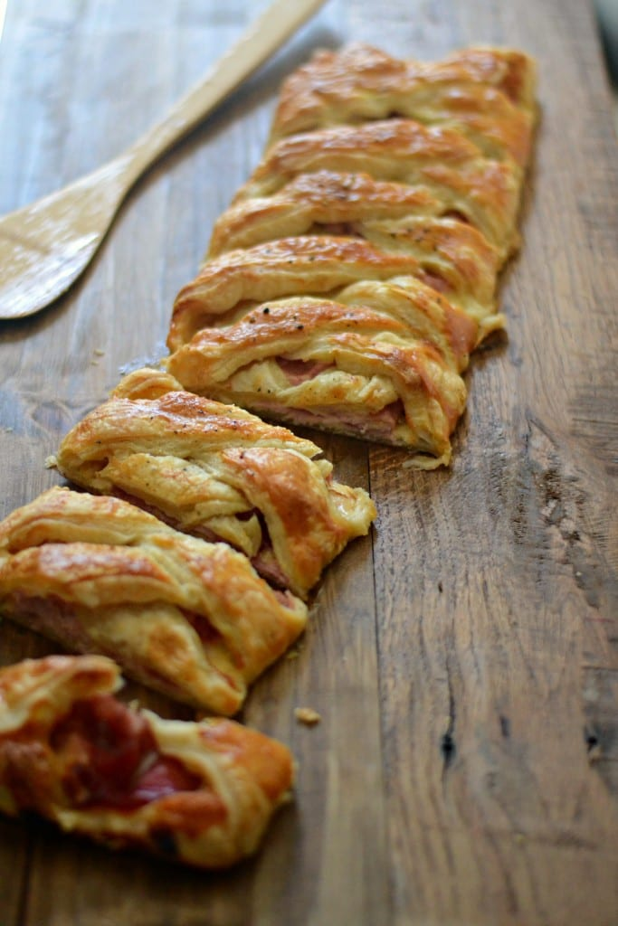 Braided Ham and Cheddar Bread for #BrunchWeek | Sarcastic Cooking