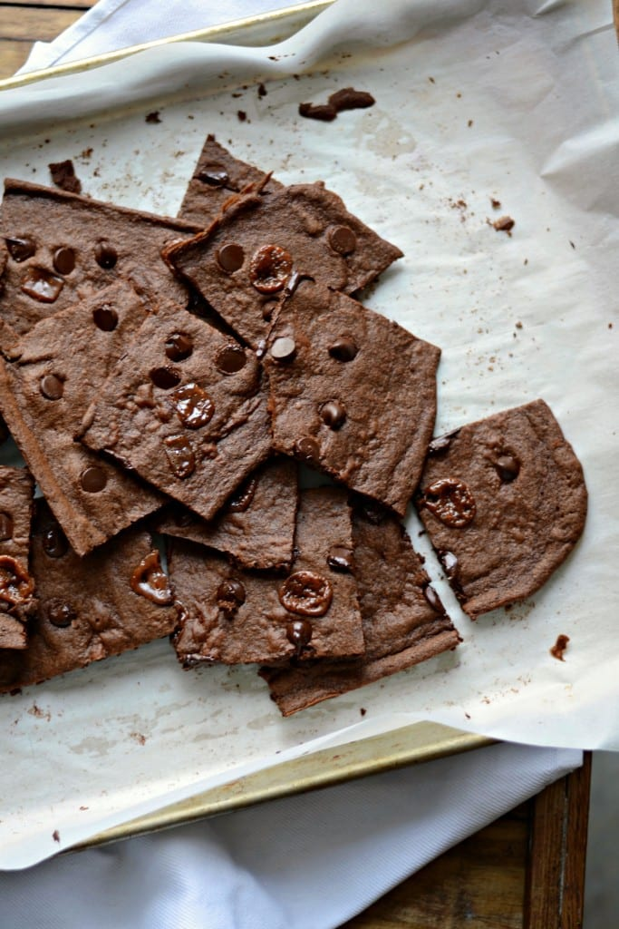 Chocolate Chip and Caramel Brownie Crisps - Sarcastic Cooking @sarcasticcook