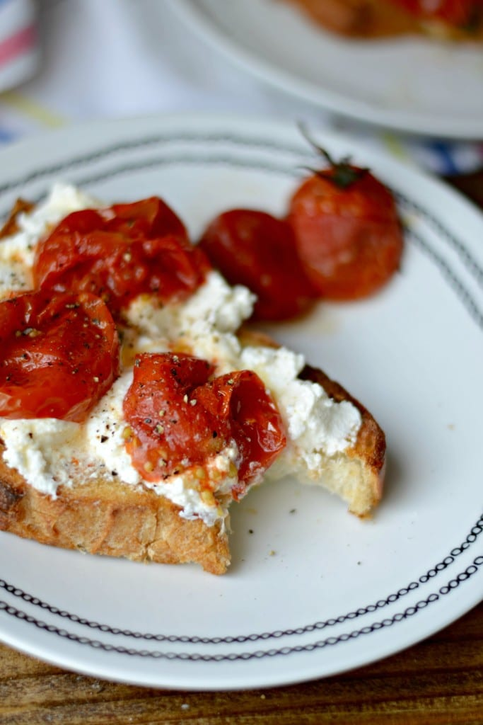 Burst Tomato and Ricotta Garlic bread Toast | Sarcastic Cooking