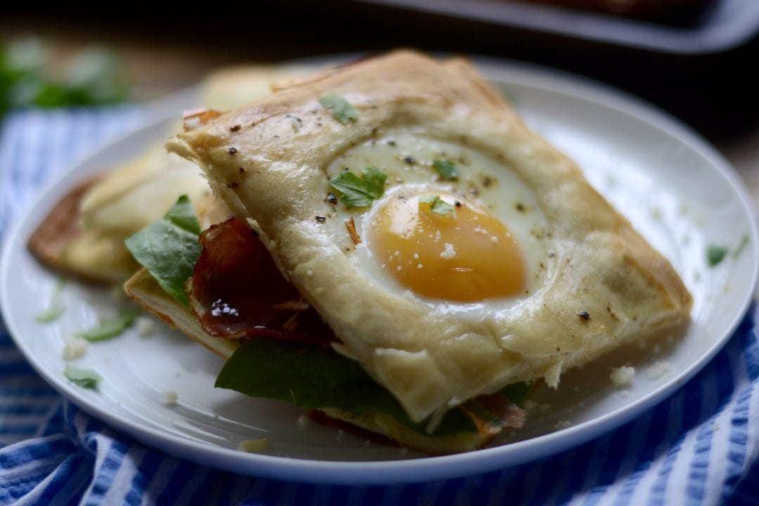 Baked Toad in a Hole Breakfast Sandwiches - Sarcastic cooking