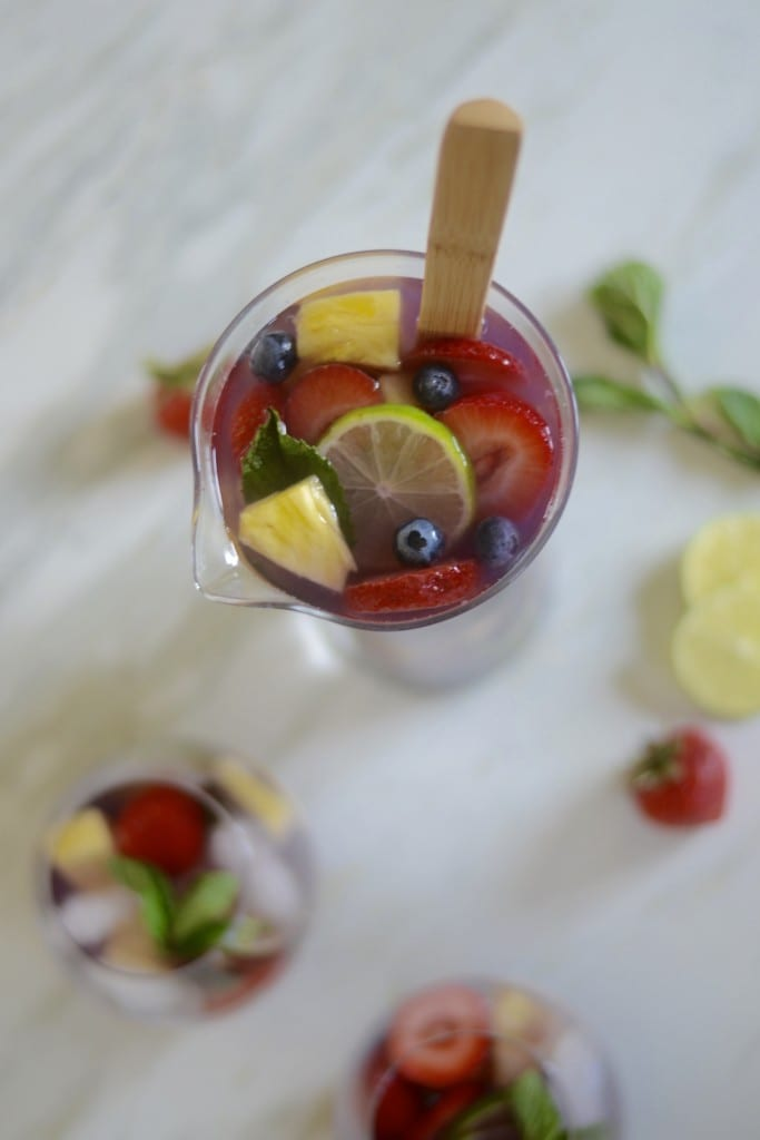 Blueberry Pineapple Sangria | Sarcastic Cooking