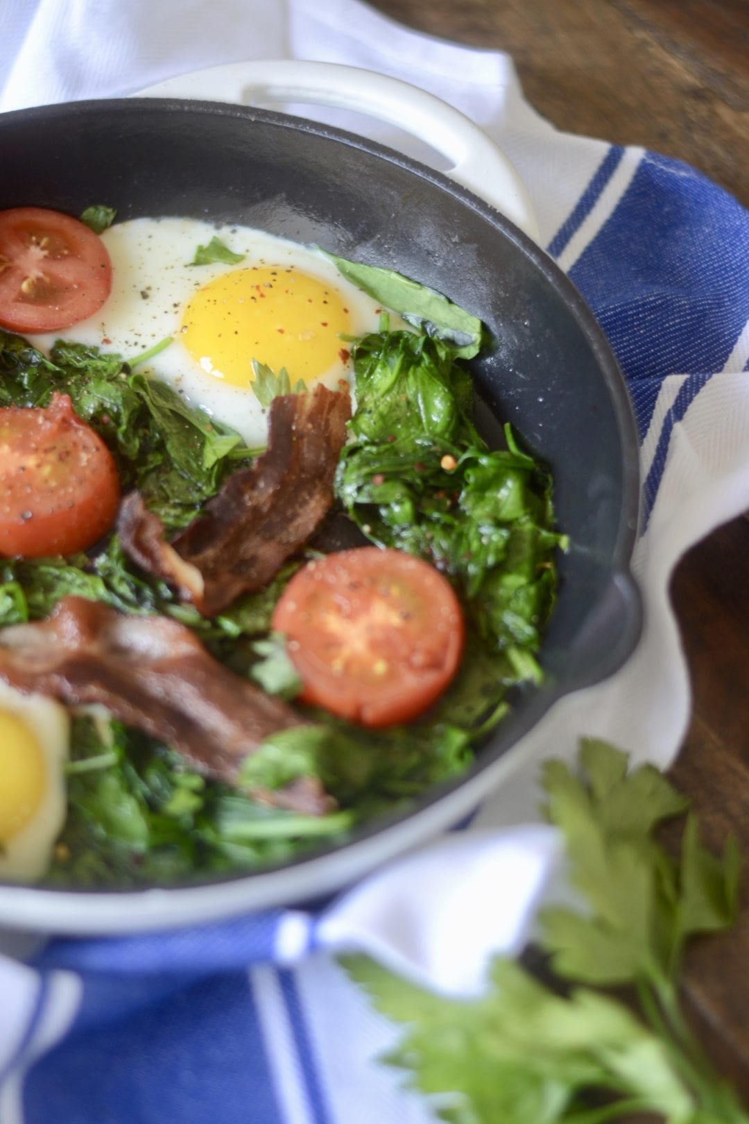 Spinach and Tomato Breakfast Skillet | Sarcastic Cooking