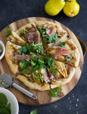 Apple Cider Caramelized Onion, Pear & Blue Cheese Pizza with Prosciutto and Greens | The Ultimate Fall Pizza - Sarcastic Cooking