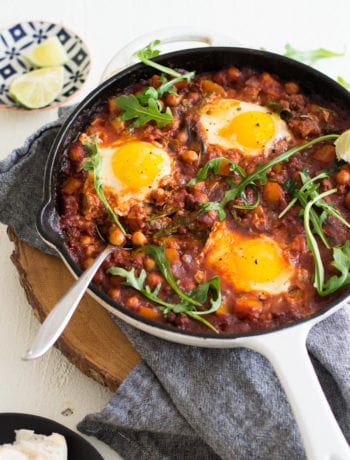 Chickpea and Chorizo Shakshuka | Sarcastic Cooking #shakshuka #onepotmeal #eggdish