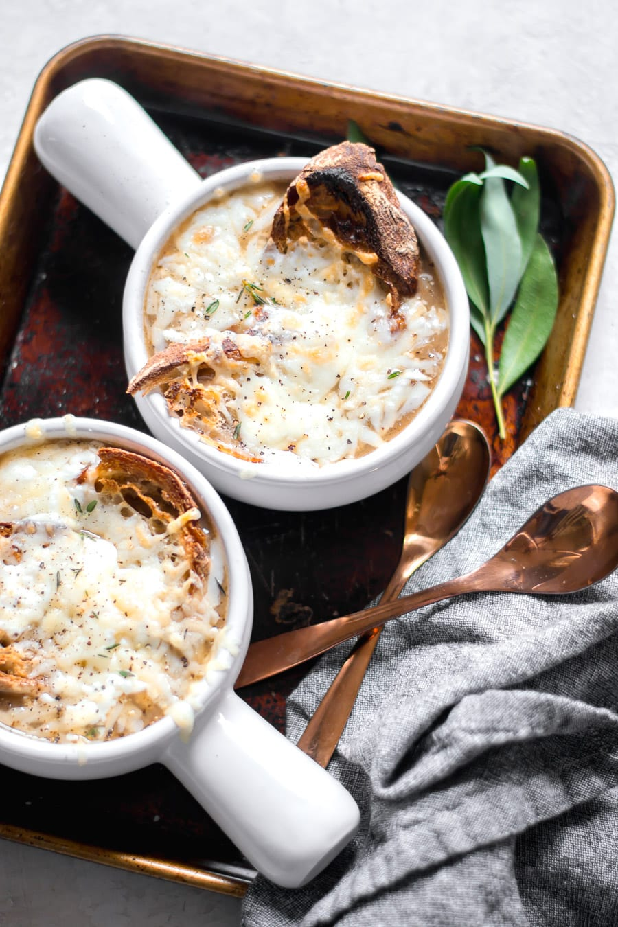 Cheesy French Onion Soup| Sarcastic Cooking