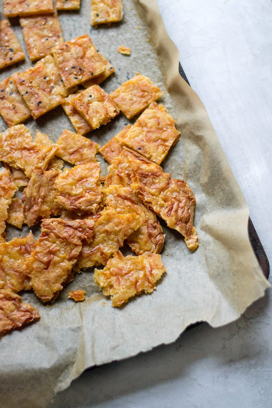 Fancy Homemade Cheddar Cheese Crackers | Sarcastic Cooking