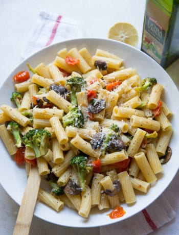 Broccoli and Mushroom Pasta | Sarcastic Cooking