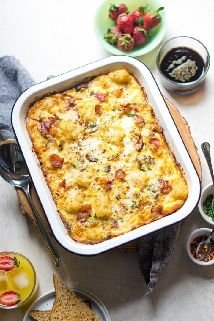 Make ahead bacon, egg, cheese, and tater tot breakfast casserole | sarcastic cooking