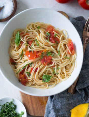 Fresh Tomato and Lemon Pasta | Sarcastic Cooking