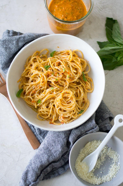Spaghetti with Pesto alla Trapanese | sarcastic Cooking